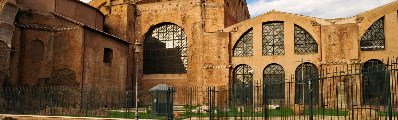 Rome - Romantic, Urban, Historic