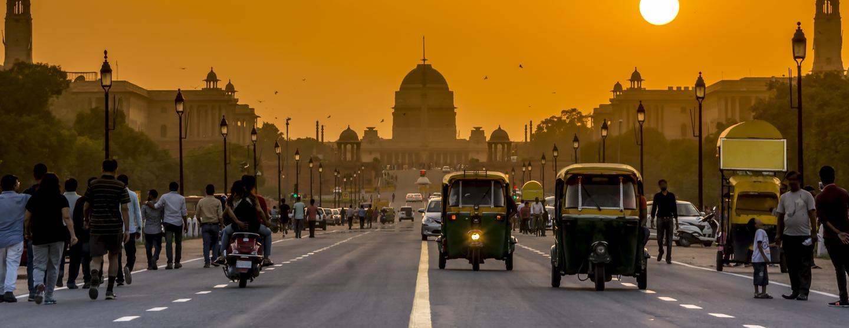 Sewa Mobil di New Delhi