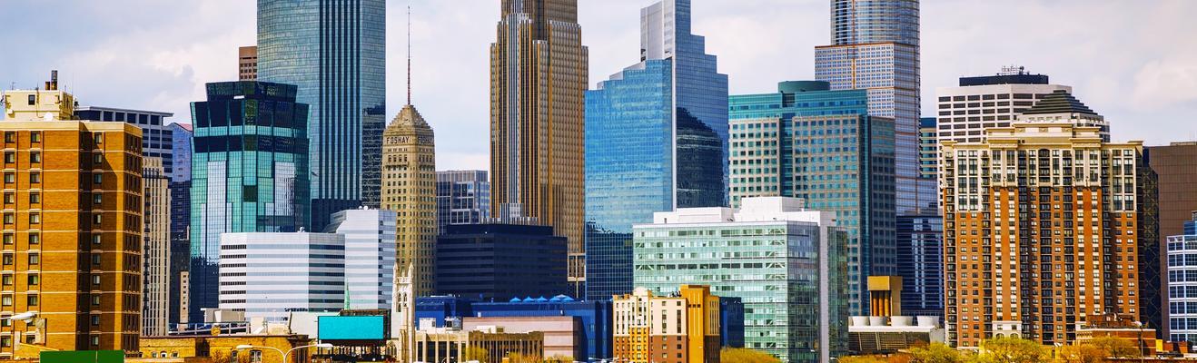 Minneapolis - Shopping, Urban, Nightlife