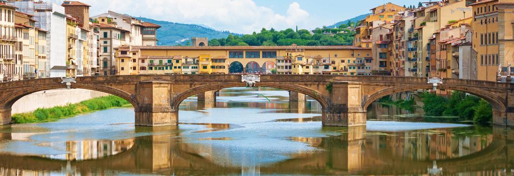 Santa Croce Exclusive