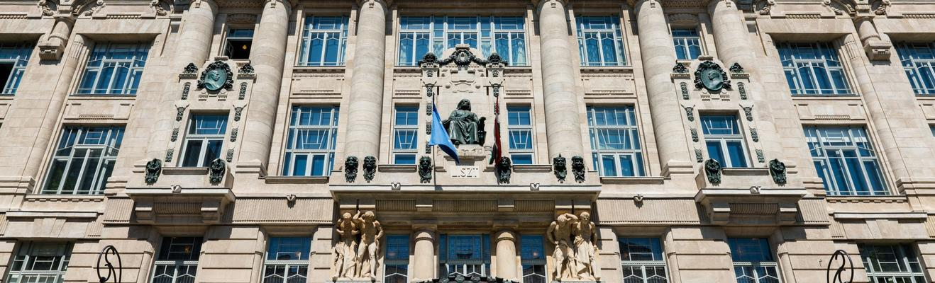 Budapest - Shopping, Eco, Urban, Historic, Nightlife