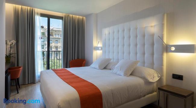 Chi - Barcelona - Bedroom