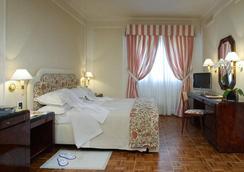 Hotel De La Ville - Florence - Kamar Tidur