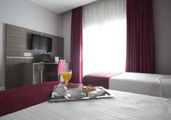 Hotel Serrano by Silken - Madrid - Kamar Tidur