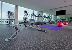 Park Avenue Changi - Singapura - Gym