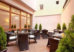Best Western Plus Bristol Hotel - Sofia - Restoran