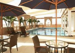 Platinum Hotel - Muskat - Kolam