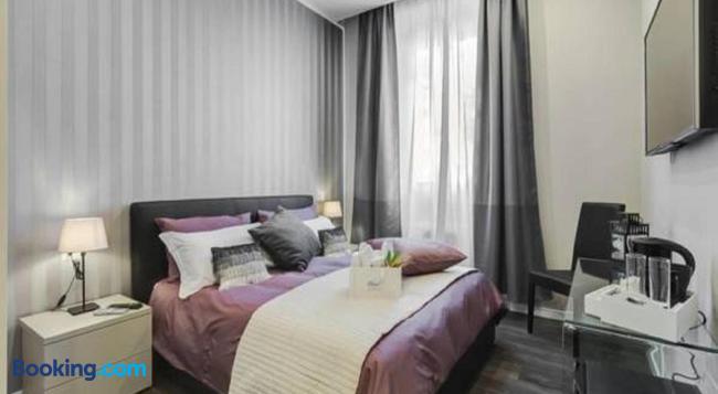 Hanky Suite - Rome - Bedroom