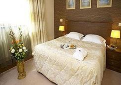 Hotel Vega Sofia - Sofia - Kamar Tidur