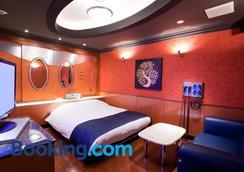 Hotel & Spa J-Mex Shinjuku Kabukicho (Adult Only) - Tokyo - Kamar Tidur