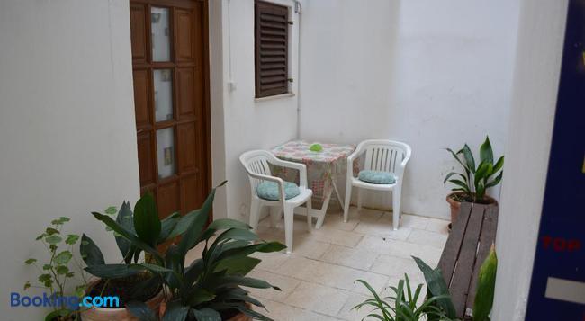 Rooms Goga - Zadar - Building