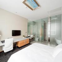 Royal Tulip Luxury Hotels Carat - Guangzhou Royal Tulip Carat Guangzhou Deluxe Room