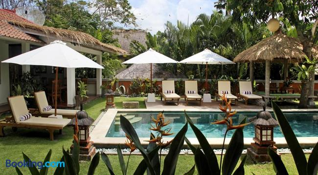 Papaya Guesthouse - Canggu - Building