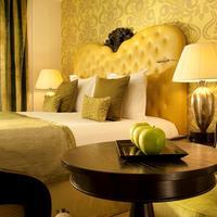 Hotel Le Petit Paris Bedroom