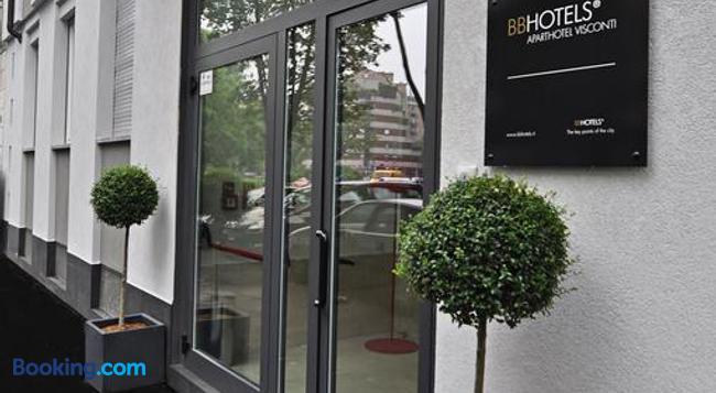 BB Hotels Aparthotel Visconti - Milan - Building
