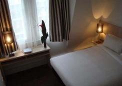 Villathena 2 - Paris - Kamar Tidur