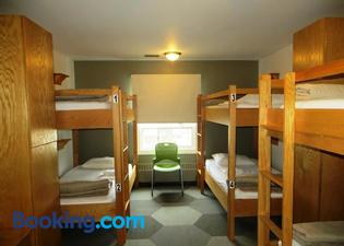 Hi-Calgary City Centre Hostels