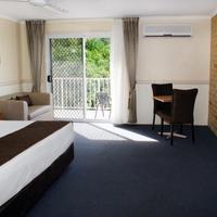 Best Western Ambassador Motor Lodge Guest Room