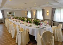 Best Western Hotel Der Föhrenhof - Hannover - Restoran