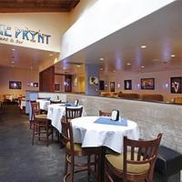 Best Western Plus Sutter House Restaurant and Bar On Premises