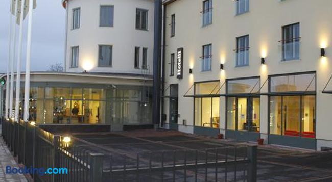 Hotel Helmi - Turku - Building