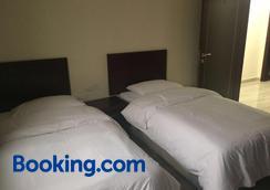 Al Noor Saadah Furnished Apartments - Salalah - Kamar Tidur