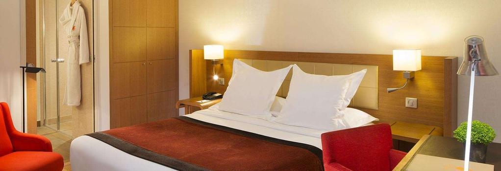 Hotel Le Six - Paris - Bedroom