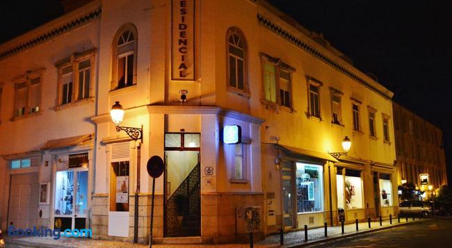 Residencial A Doca - Faro - Building