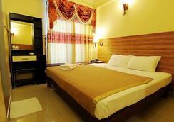 Luckyhiya Hotel - Male - Kamar Tidur