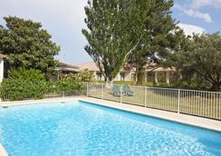 Best Western Hotel Paradou - Avignon - Kolam