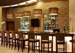 Best Western Plus Lackland Hotel & Suites - San Antonio - Bar
