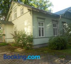 Poska Villa Guesthouse