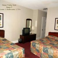 Hotel Harrington Guest Room