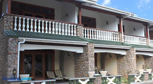 Sun Properties And Resort Hotel - Mahe Island - Building