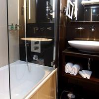 Shaftesbury Premier London Piccadilly Piccadilly london west Bathroom