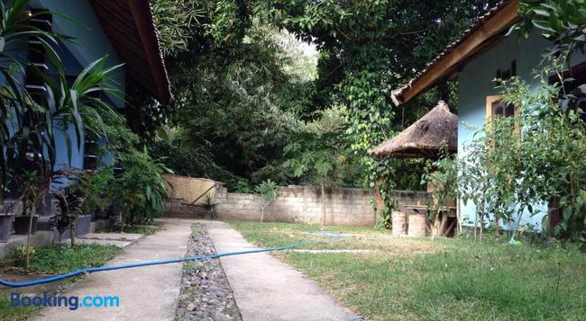 Sawe Homestay - Kuta (Lombok) - Building