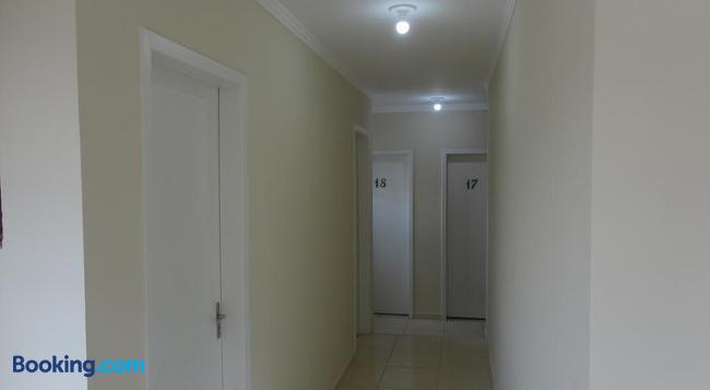 Hotel Gringos - Londrina - Building