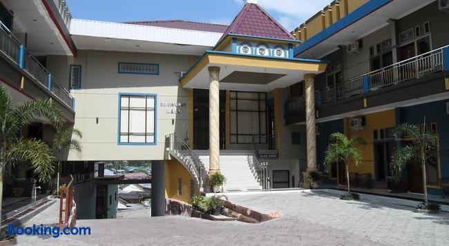 Permata Land Hotel & Resort - Bandar - Building