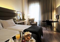 Silken Gran Hotel Havana - Barcelona - Kamar Tidur