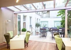 Hôtel Mistral - Paris - Kamar Tidur