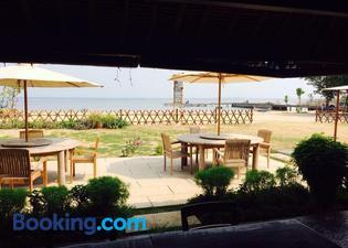 Jepara Marina Beach Bungalows