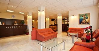 Hotel Cheap - Sofia - Lobi