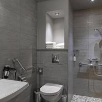 Best Western Grand Hotel De Bordeaux Guest Bathroom