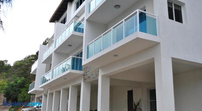 Vue Apartment Hotel - Cap Haitien - Building