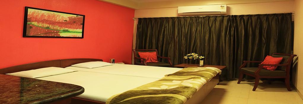 Benazeer Hotel - Mumbai - Bedroom