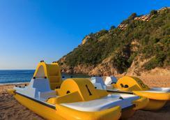 Giverola Resort - Tossa de Mar - Atraksi Wisata