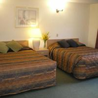 Riverside Inn Guestroom