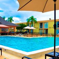 Floridian Express International Drive Outdoor Pool