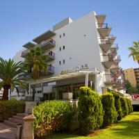 Fergus Bermudas Hotel Front