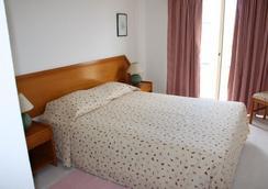 Apartamentos Turisticos Presidente - Portimão - Kamar Tidur